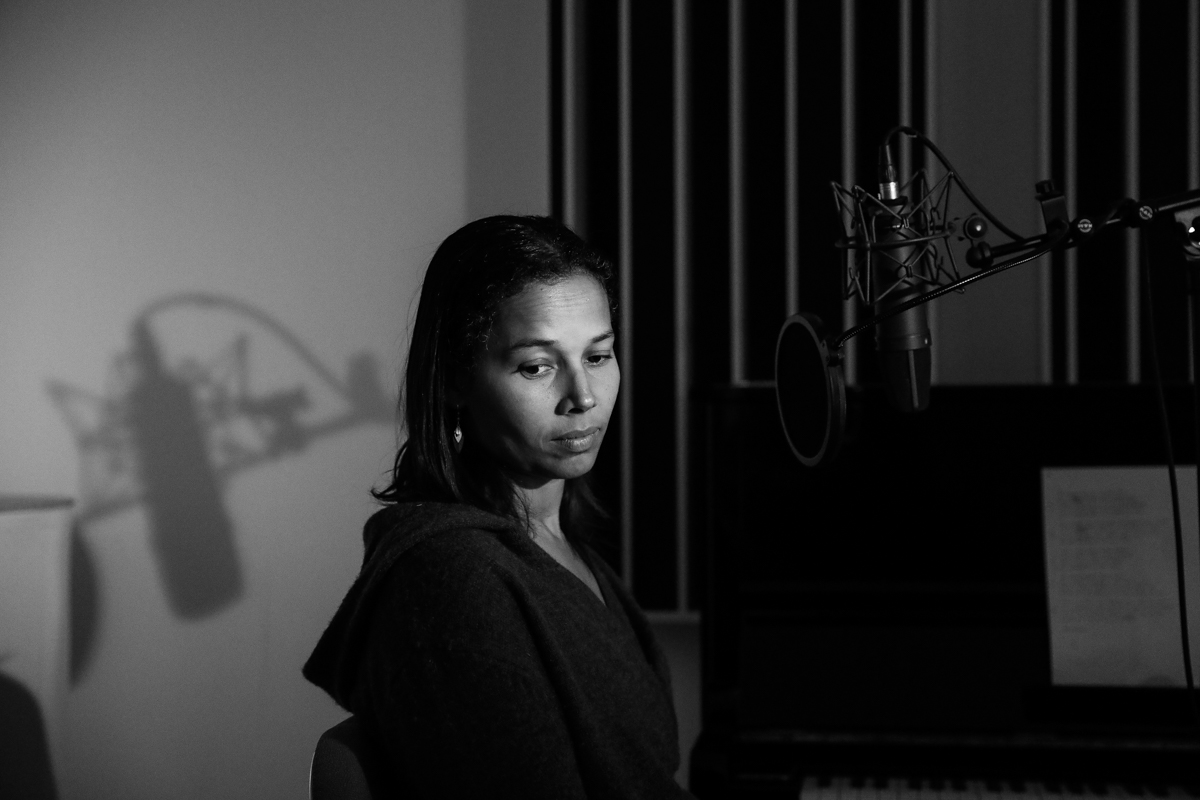 Rhiannon Giddens recording All Babies Must Cry